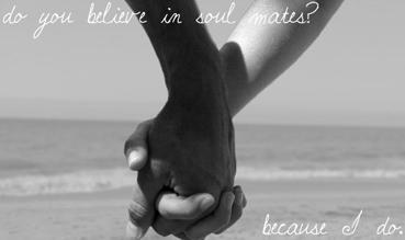 """""""Ты веришь в то, что бывают родные души-""""половинки""""? Я - да""""."""